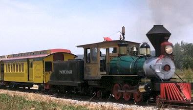 Original Disneyland Railroad Cars From 1955 Reunited in San Luis Obispo