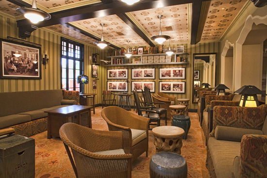 1901 Lounge - Disney California Adventure