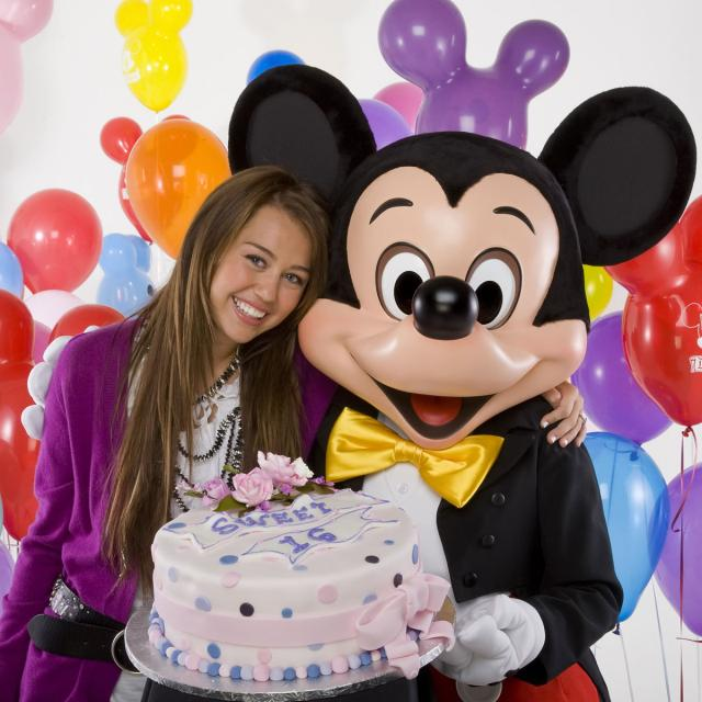 miley cyrus sweet 16 birthday party at disneyland disney o rama